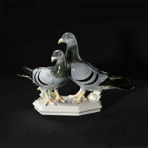 Артур Шторх Почтовые голуби  24 см Шварцбургские мастерские фарфорового искусства